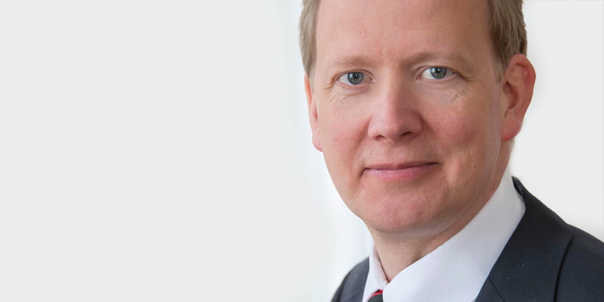 Oberkirchenrat Erich Theodor Barzen, Leiter Abteilung Finanzen, Bild: © ELKB/Rost
